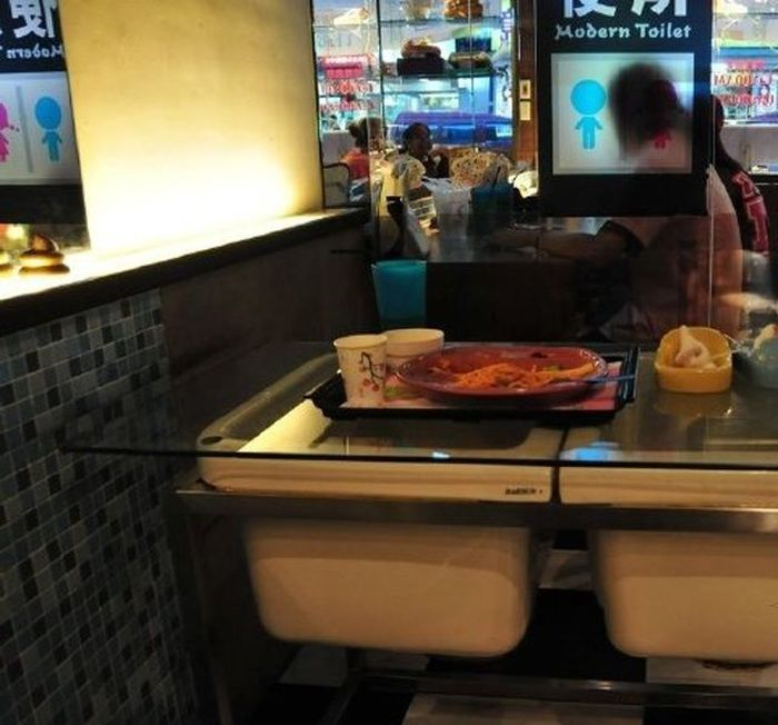 Toilet Restaurant in China (38 pics)