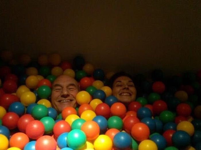 People Have a Little Fun (31 pics)