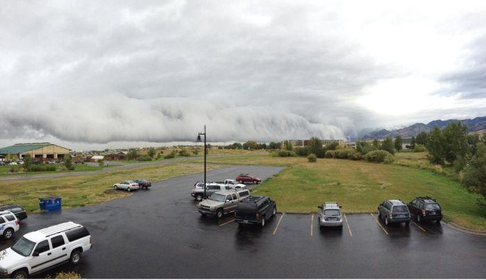 Shelf Clouds in Bozeman, MT (25 pics)