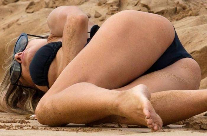 Carmen Electra Is So Hot (11 pics)