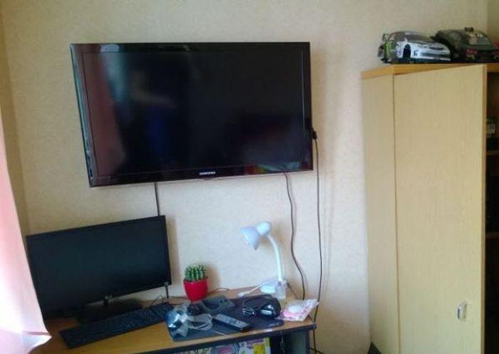 Funny Dorm Room Prank (9 pics)