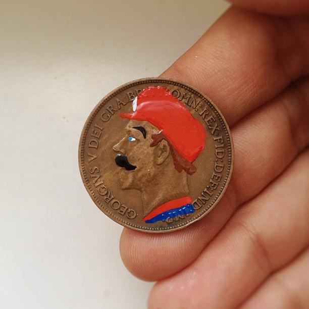 Famous Portraits Painted onto Coins (22 pics)