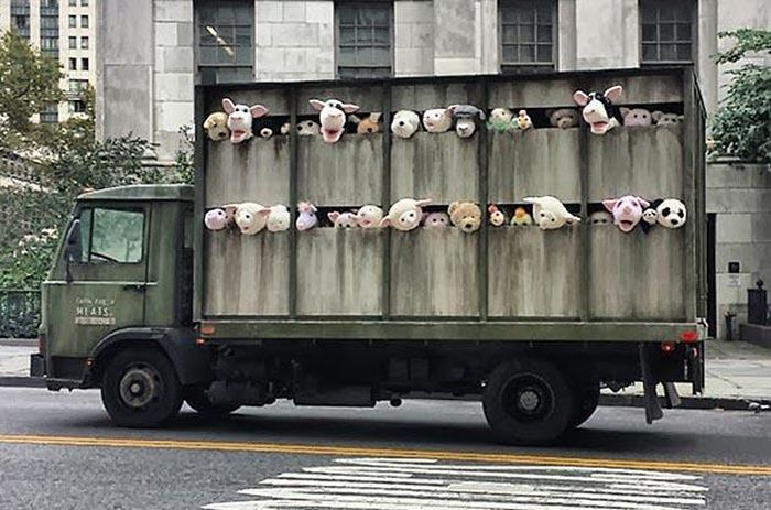 Banksy's Plush Animal Slaughterhouse Truck in NYC (4 pics)