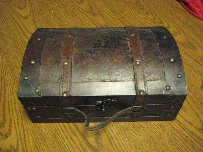 Vampire Hunting Kit (13 pics)