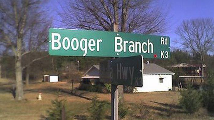 WTF Street Names (20 pics)