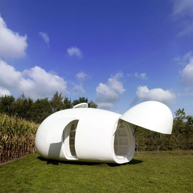 Spherical Mobile Home (6 pics)