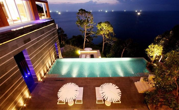 Amazing Villa in Malaiwana (10 pics)