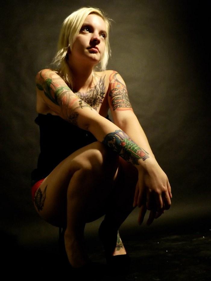 Tattoo Girl (14 pics)