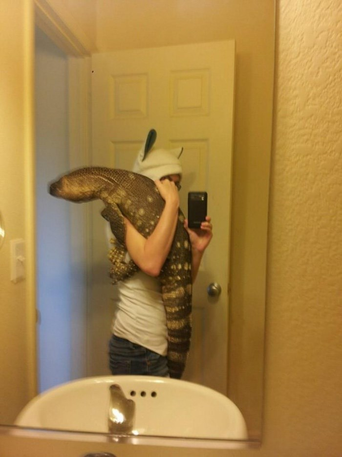 The Most Unusual Pet You Will See Today (8 pics)