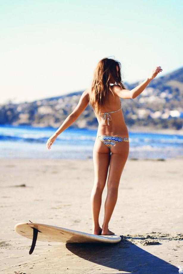 Summer Bikini Girls (46 pics)