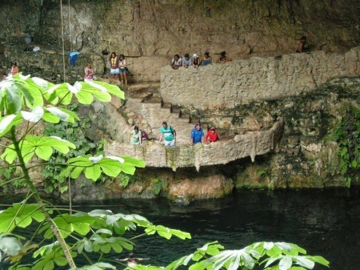 Cenotes of the Yucatan Peninsula, Mexico (8 pics)