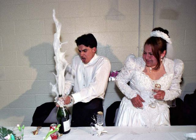 Unusual and Funny Weddings (61 pics)
