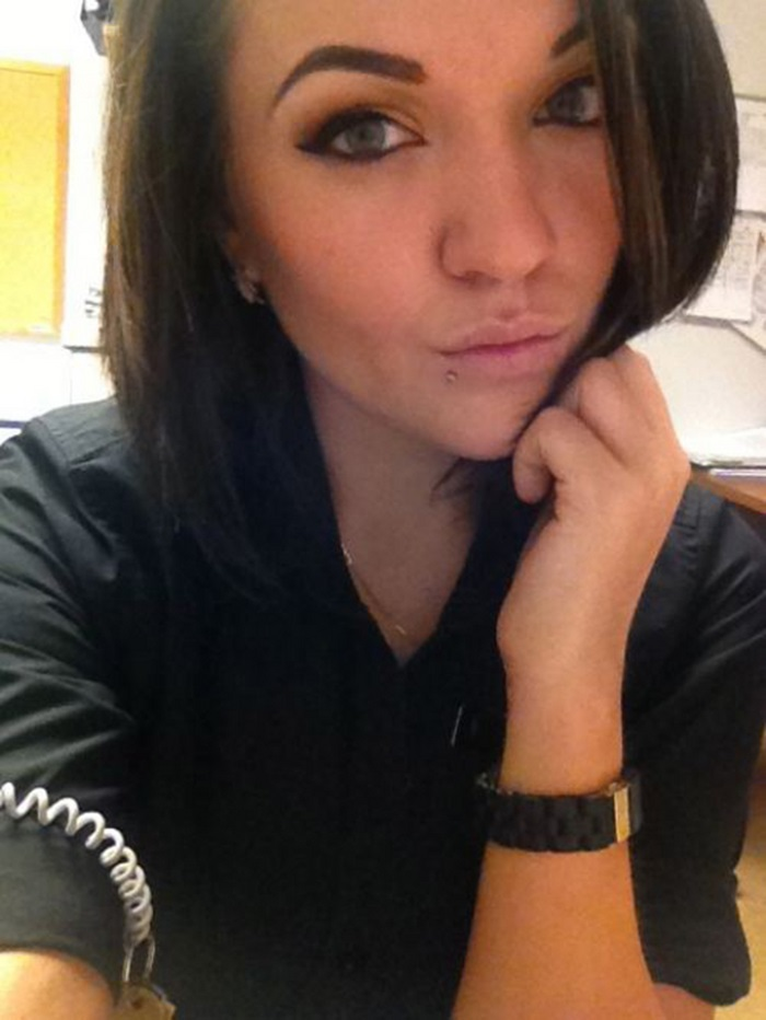 Hot Girls at Work (30 pics)
