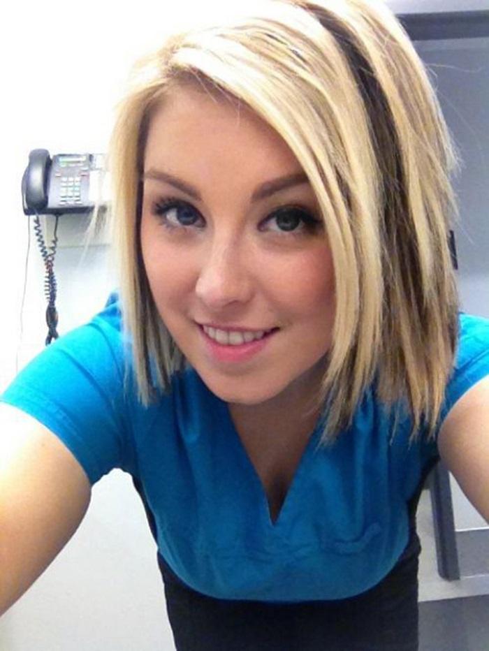 Hot Girls At Work 30 Pics-3551