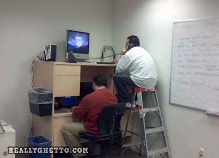 Bad Workplaces (32 pics)