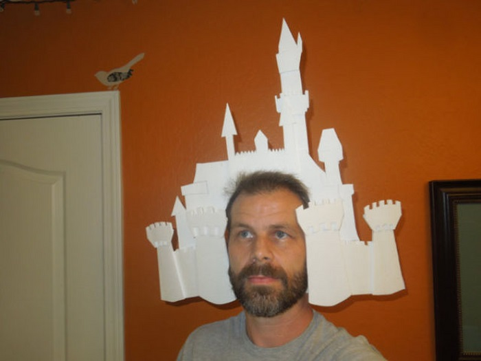 Disneyland Map as Halloween Costume (68 pics)