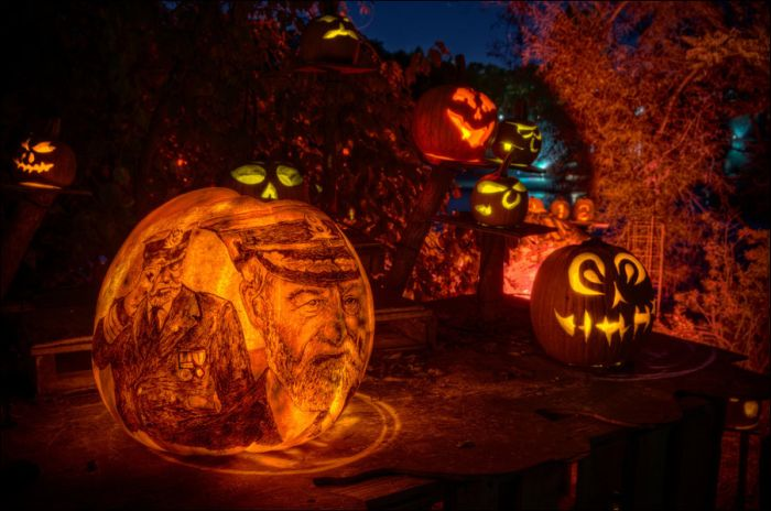 Amazing Pumpkin Carvings (15 pics)