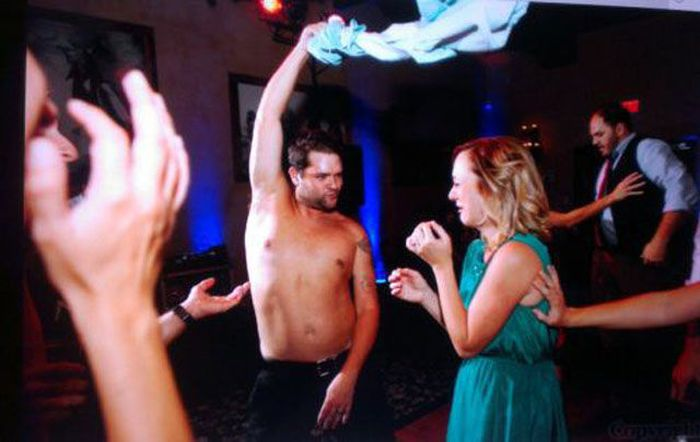 Party Hard (40 pics)