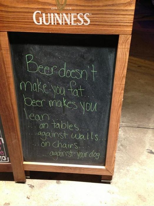 Hilarious Sidewalk Signs (20 pics)