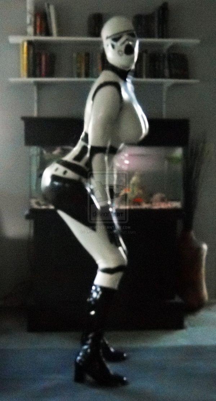 Latex Stormtrooper (8 pics)