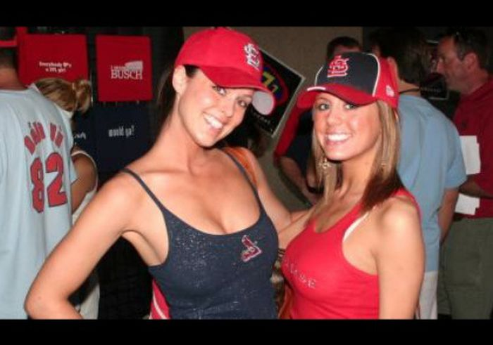 Red Sox Girls (40 pics)