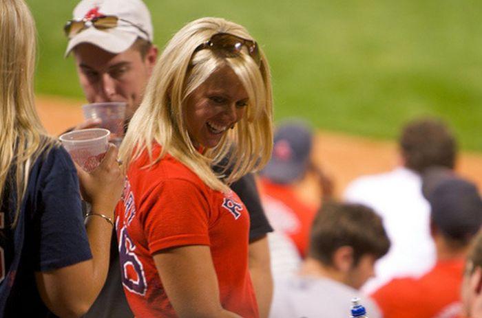 Red Sox Girls (40 pics)