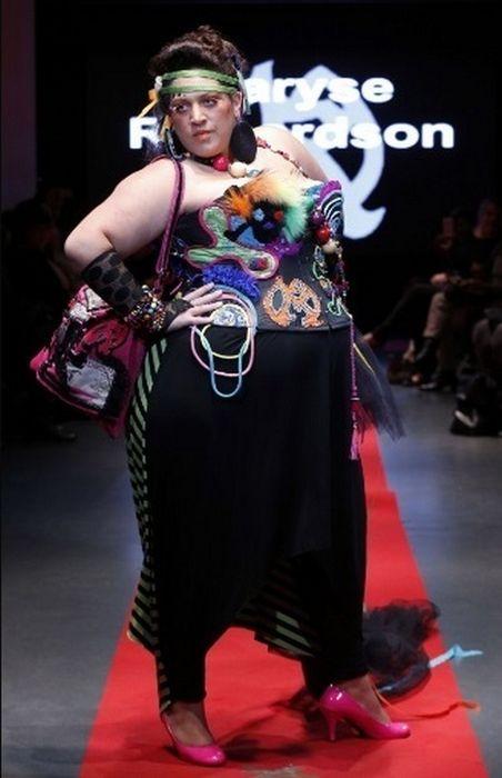Pulp Fashion Week (24 pics)