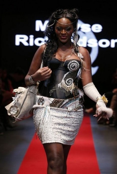 Pulp Fashion Week (24 pics)