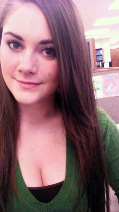 Girls Get Bored at Work. Part 3 (28 pics)