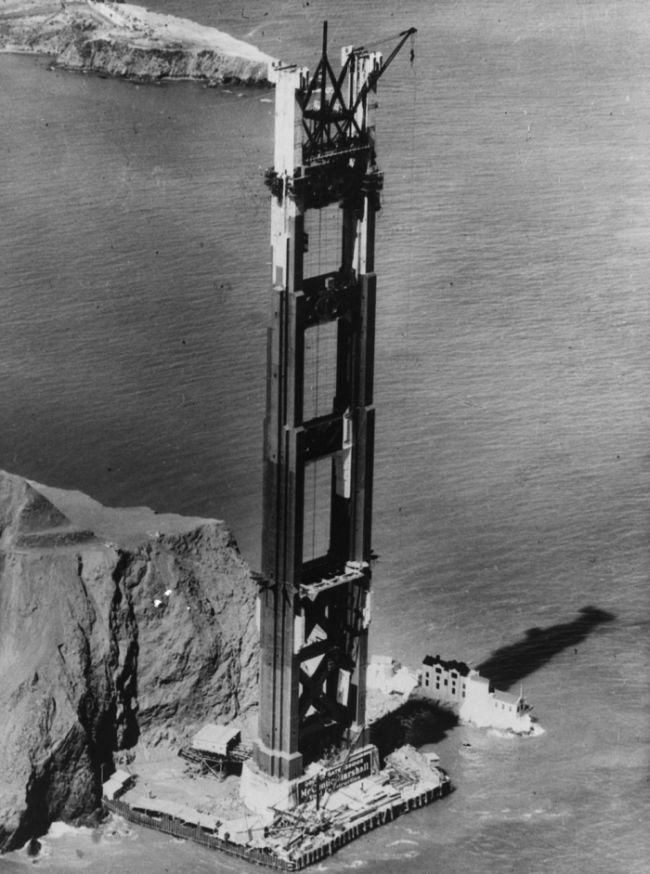 The Construction of the Golden Gate Bridge (9 pics)