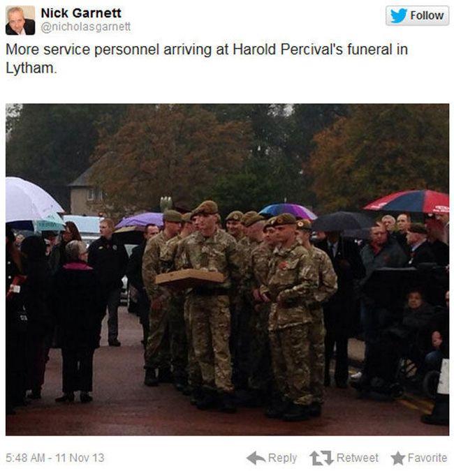 Veteran's Funeral (15 pics)