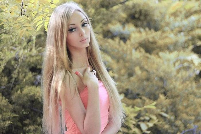Living Doll from Ukraine (22 pics)
