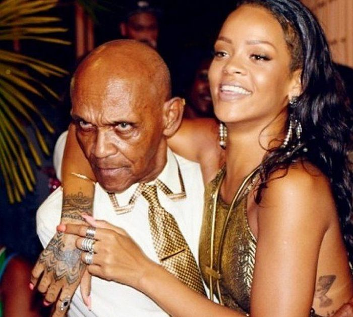 Rihanna With Her Grandfather (7 pics)