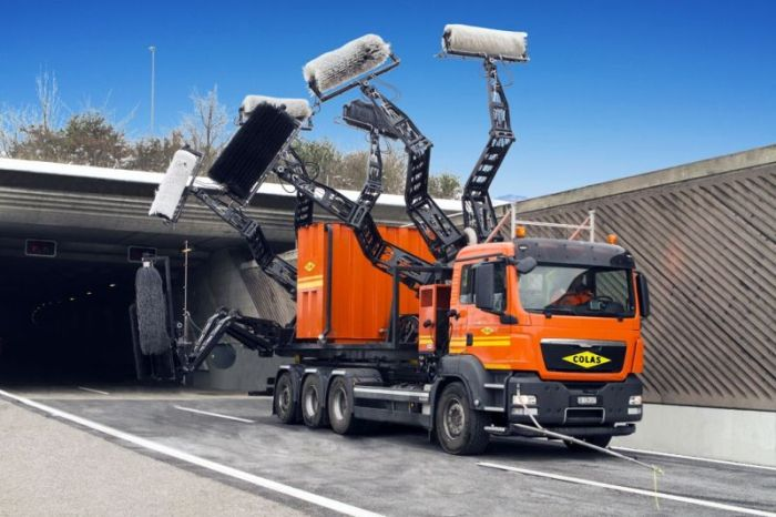 Tonnel Cleaning Vehicle (3 pics)