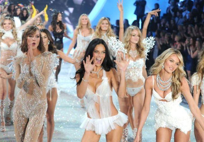 2013 Victorias Secret Fashion Show (84 pics)