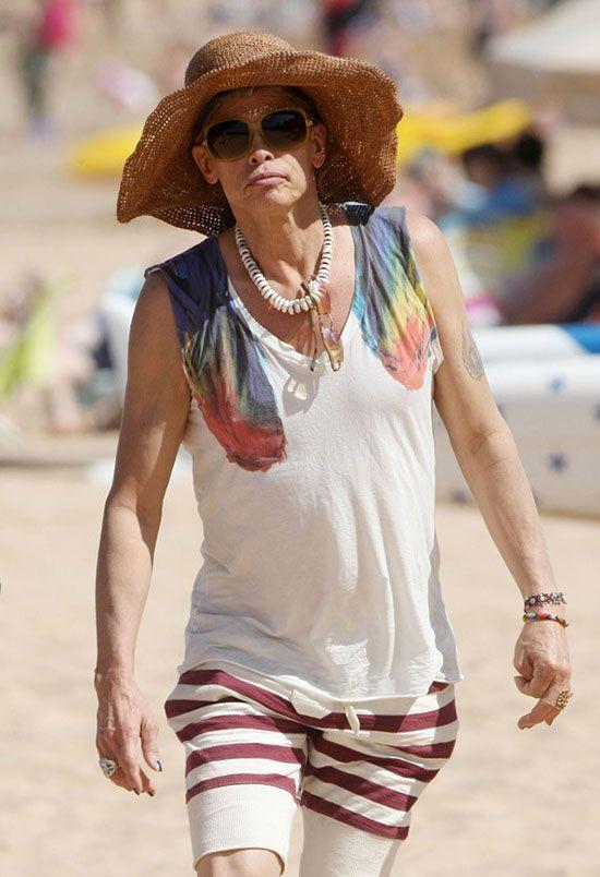 Steven Tyler Looks Like an Old Woman (11 pics)