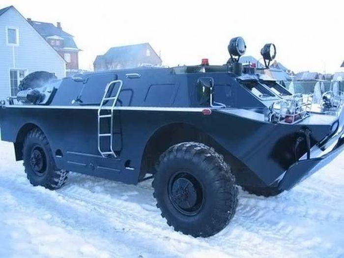 VIP Amored Car (18 pics)
