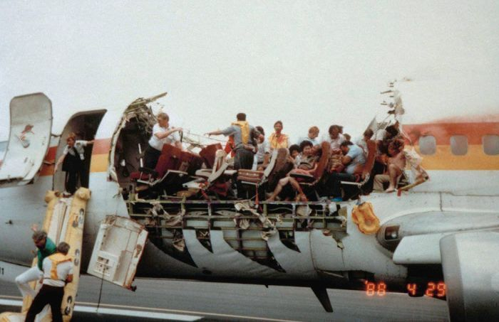 1988 Aloha Flight 243 structural failure accident 03