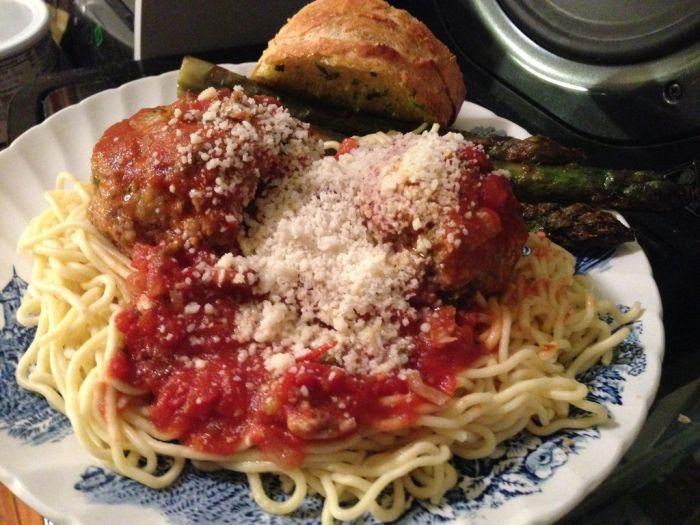 Homemade Italian Dinner (10 pics)
