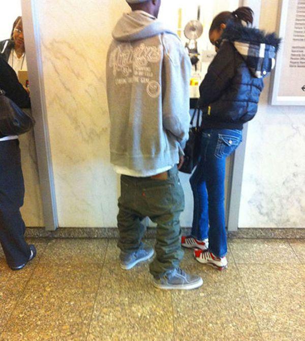 Sagging Pants (25 pics)