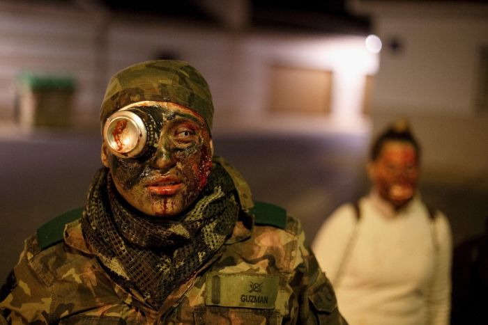 Zombie Survival Contest (15 pics)