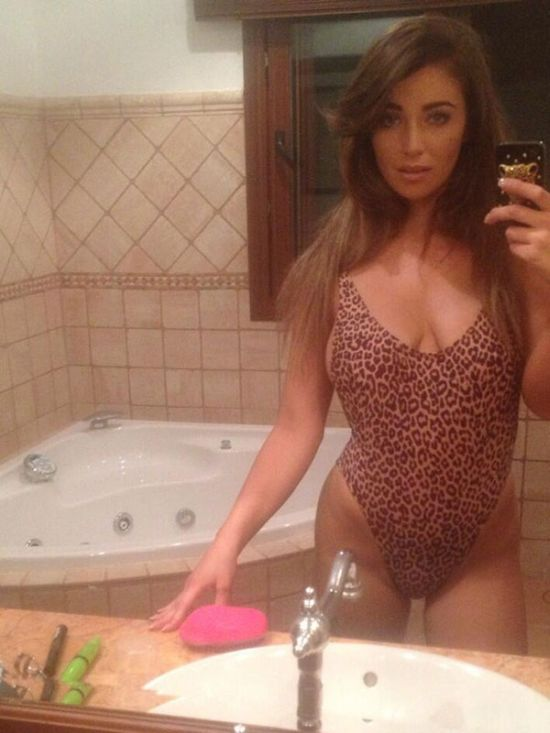 Girls In Leotards (21 pics)