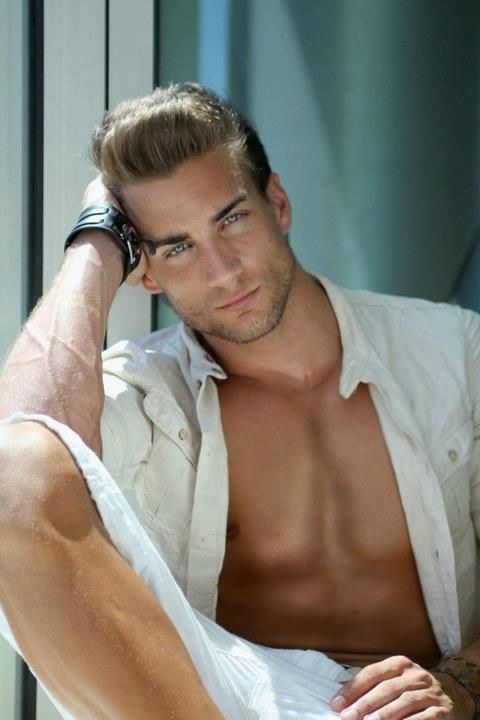Manuel Rico is the World's Hottest Gynecologist (9 pics)