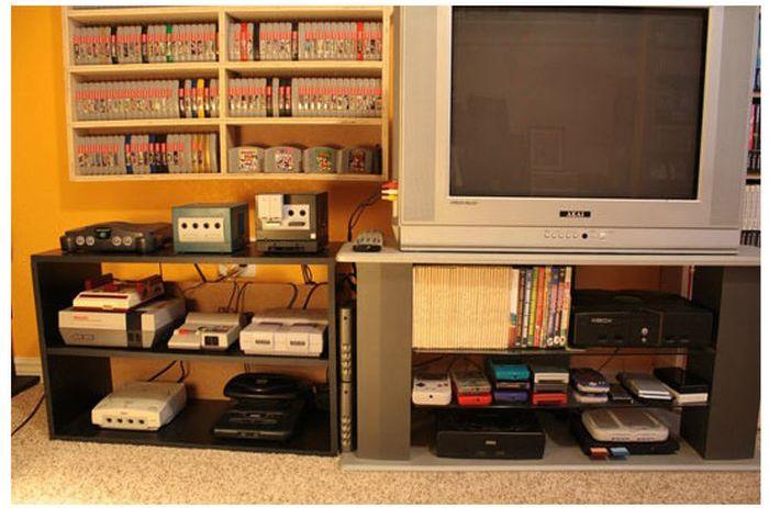 El mayor coleccionista de videojuegos del mundo Retro_gaming_room_04