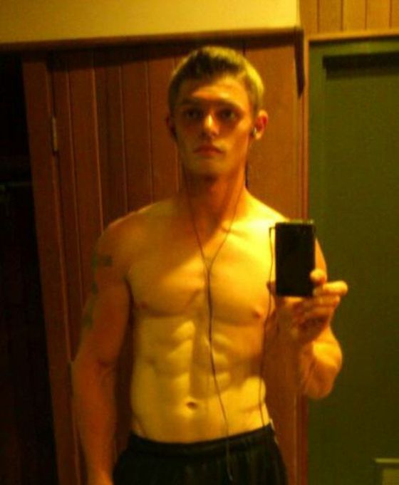 When Men Take Selfies (37 pics)