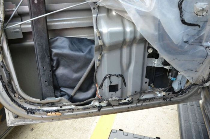 What Is Hidden Inside This Car? (16 pics)