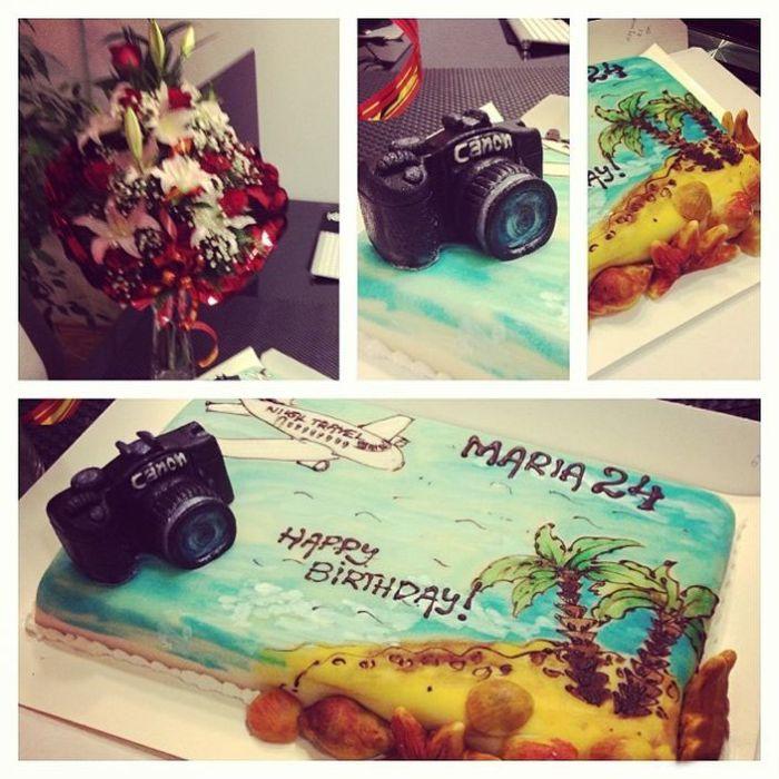 Birthday Cake Fail (2 pics)