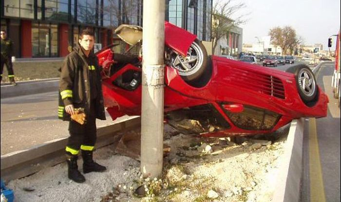 Ferraris in Troubles (45 pics)