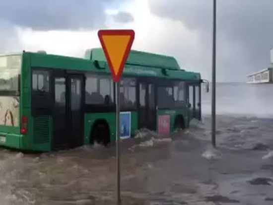 Bus Driver Doesn't Care About Flood