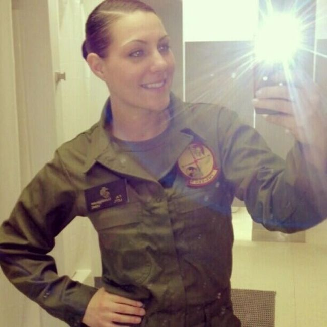 Girls in Uniform (23 pics)
